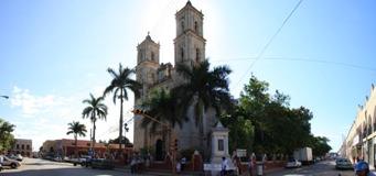Valladolide central plaza